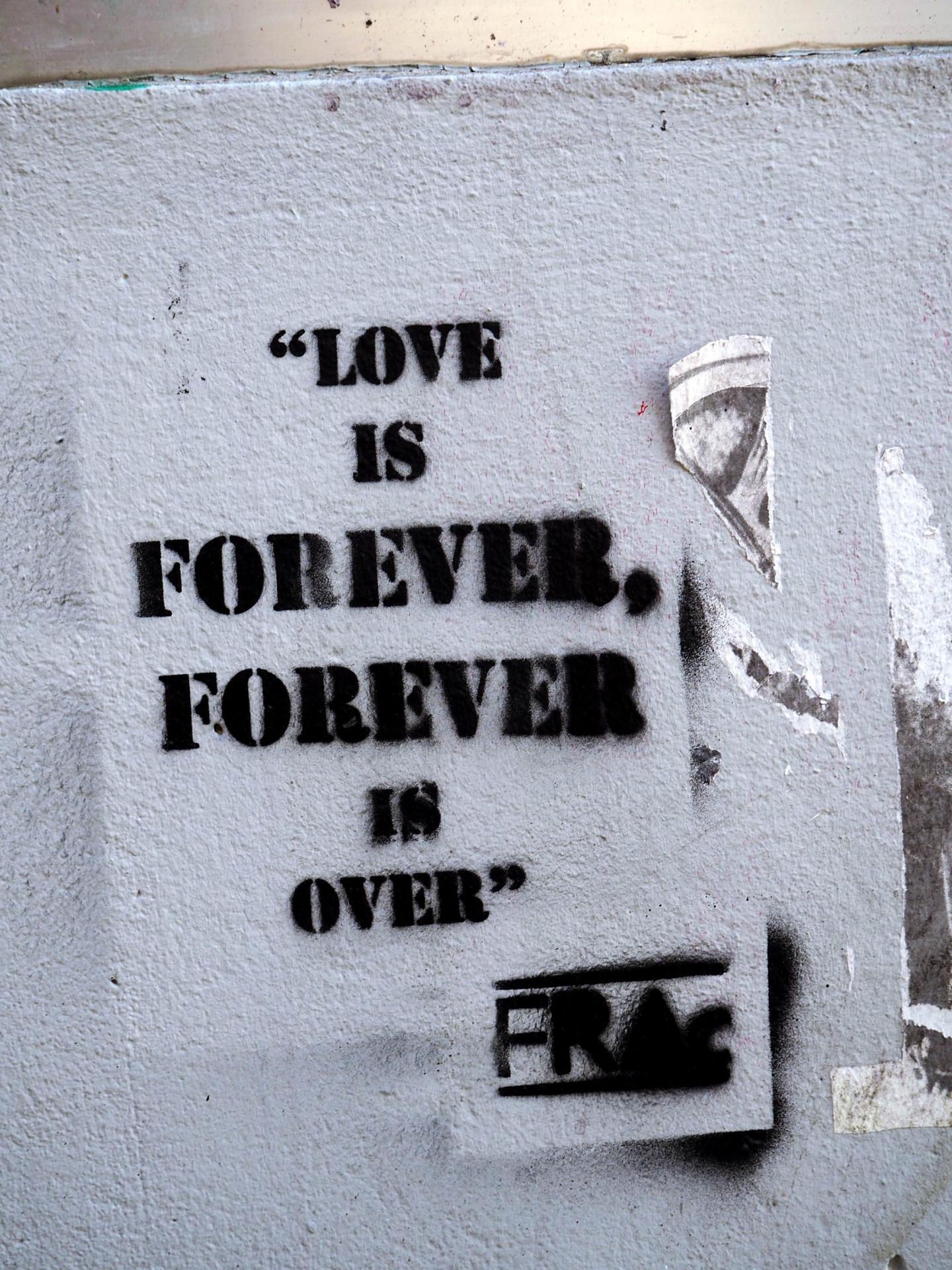 Love-Streetart