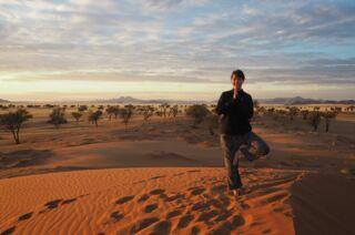 Landscape: Pure perfection. Yoga Pose: Room for improvement. 😅 . . . . ...................................................................... #namibia #desert #travelafrica #africanature #natureguide #africanamazing #safari #shotsofafrica #roadtrip #naturephotography #capturethewild #africa #africanwildlife #africanamazing #travelnamibia #desertsolitude #camping #roadtrip #namibiatravel #namibia🇳🇦 #yogainspiration #namibrandnaturereserve #asanapractice #morningyoga #yogi